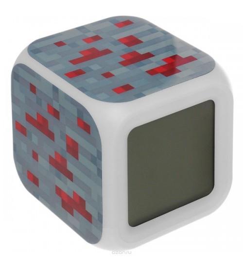 Часы-будильник из блока Красной руды